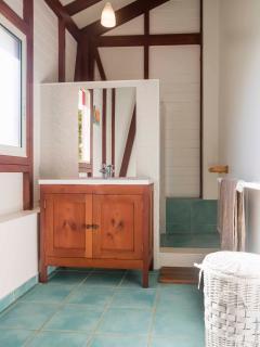Salle de bain 'Zoé & Zélie' - 'Zoé & Zélie' bathroom