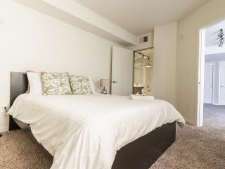★2BD/2BA HEART OF SANTA MONICA!★, Santa Monica