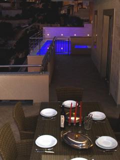 H(9): terrace