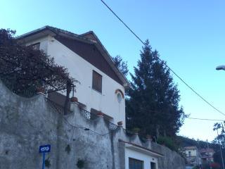 Villetta con giardino panoramica, Cava De' Tirreni