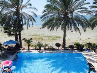 Nefeli Beach villa