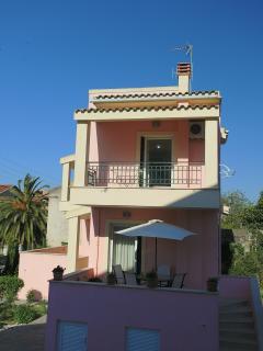 Amelia's Villa: Corfu Town, Wifi, A/C, Parking