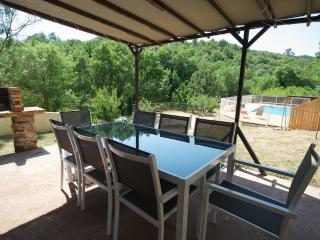 Mas Loriot,gîte Ruffes 7 personnes piscine sécurisée Le Bosc proche du Salagou