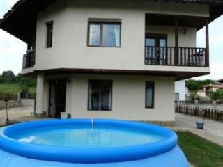 Large 3 Bed Villa, Osenovo