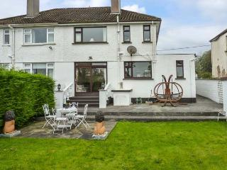 DEODONNE, semi-detached, close to amenities, en-suite, parking, garden, in Ballaghaderreen, Ref. 930080