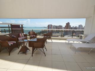 3 bedroom luxury penthouse apartment on Beira Mar, Fortaleza