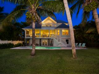 Captiva Bayfront 4 bedroom/4 bath, boat dock, pool, Île de Captiva