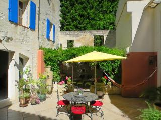 Charming house in Avignon city