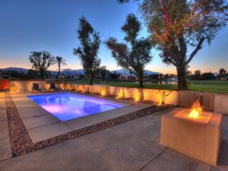 Modern Luxurious Golf Course Home, Palm Desert