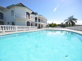 Seaview Chateau, Montego Bay, 9BR, Ironshore