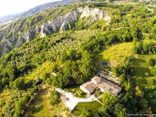 Villa Tiber Villa to let in Umbria, Vacation rental Umbria, Self catered