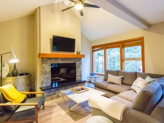 Gorgeous Brand New Luxury 4 Bed 2.5 Bath Townhome, Whistler