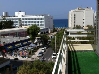 100 PALMS Apts,SEA BREEZE,Beach,Casino,city center, Rhodos