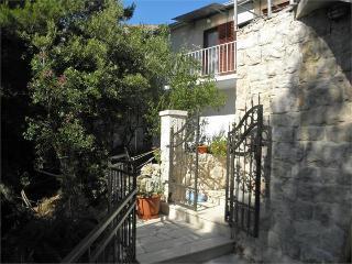 35538 A1(3) - Cove Zarace (Milna)