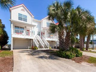 Fish On- 2BR/2.5BA on Canal w/Priv.Dock-RealJOY Fun Pass-100 yds to Mexico Beach
