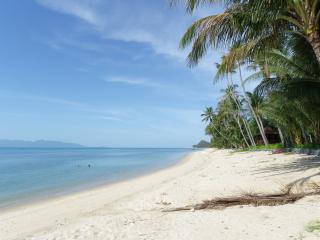 Bang Por Beachfront Resort -  Villa PALM, Mae Nam