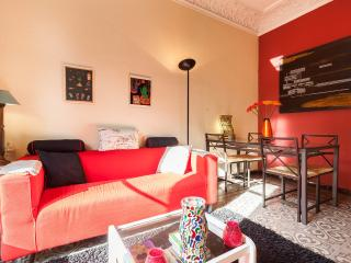 Beautiful PIVATE DOUBLE ROOM in  in the center., Barcelona