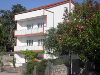 Apartment Petar **** 3 rooms/2 baths, Malinska