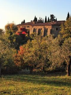 vista autunnale del convento di Novole