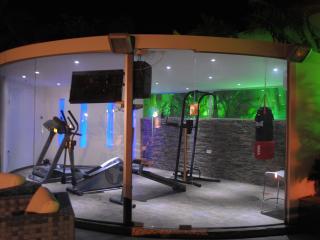 Gym with Hamam (Wet sauna)
