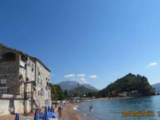 Seashore Apartment, Petrovac