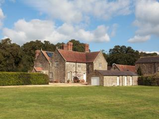 Barton Estate Farmhouse, Whippingham