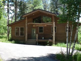 Moose Trail Lodge, Lead