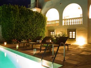 Villa Scirocco, Spetses Town
