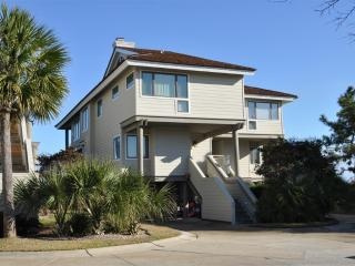 #415 Powell, Beach Villa