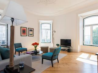 Excellence Stays Lapa Chic 2 Bedrooms - Ref 27, Lisbon