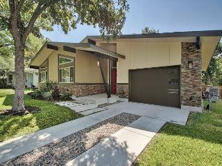 3BR Modern Beauty - Close to UT/Downtown