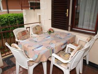 Apartment 769, Porec