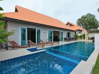 La Ville Grande Pool Villa C22 4Bed, Pattaya