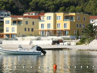 Beach Villa Slatine with private pool