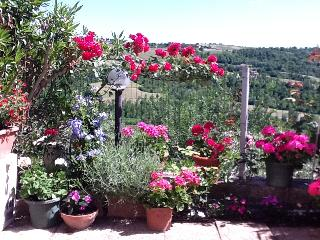 3 Bed House For Rent in Todi, Lorgnano Umbria