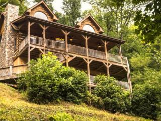2 Cubs Cabin, Blowing Rock