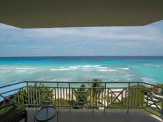Mistle Cove, 2 Bed Beachfront in St. Lawrence Gap, St Lawrence Gap