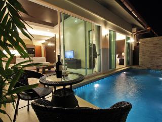 The Ville Pool Villa - 3Bedrooms (B04)