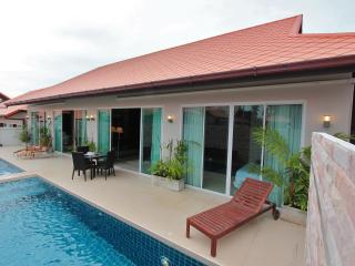 The Ville Pool Villa - 6Bedrooms (B57-58), Pattaya