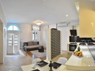 PREMIUM APARTMENT ALBA ROSA, Split