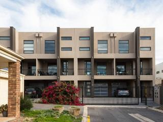 Adelaide City Fringe  Penthouse Apartment, Adelaida