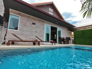 The Ville Grande Pool Villa - 3Bedrooms (A96)