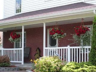 Cote's Bed & Breakfast /Inn, Grand Falls