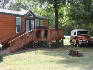 Beautiful Deluxe Cabin, Springfield