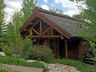 Granite Ridge Cabin 7608