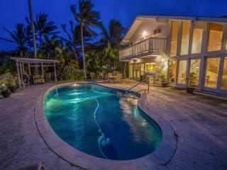 Executive Home with Pool & Marina Frontage, Honolulu