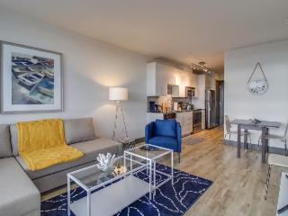 Stylish Seattle condo w/private balcony near downtown