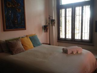 Niceplace Inn. Casco Viejo Panama - Quiet and intimate studio apartment
