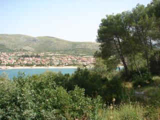 Trogir Apartment Sleeps 5 with Air Con - 5406414