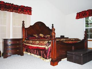 New Huge Beautiful Luxurious House - 3 floors, Lackawaxen